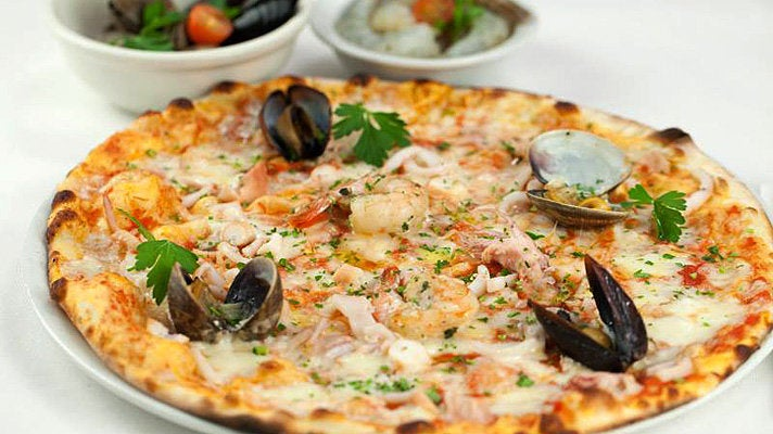 Clam pizza at Eatalian Café